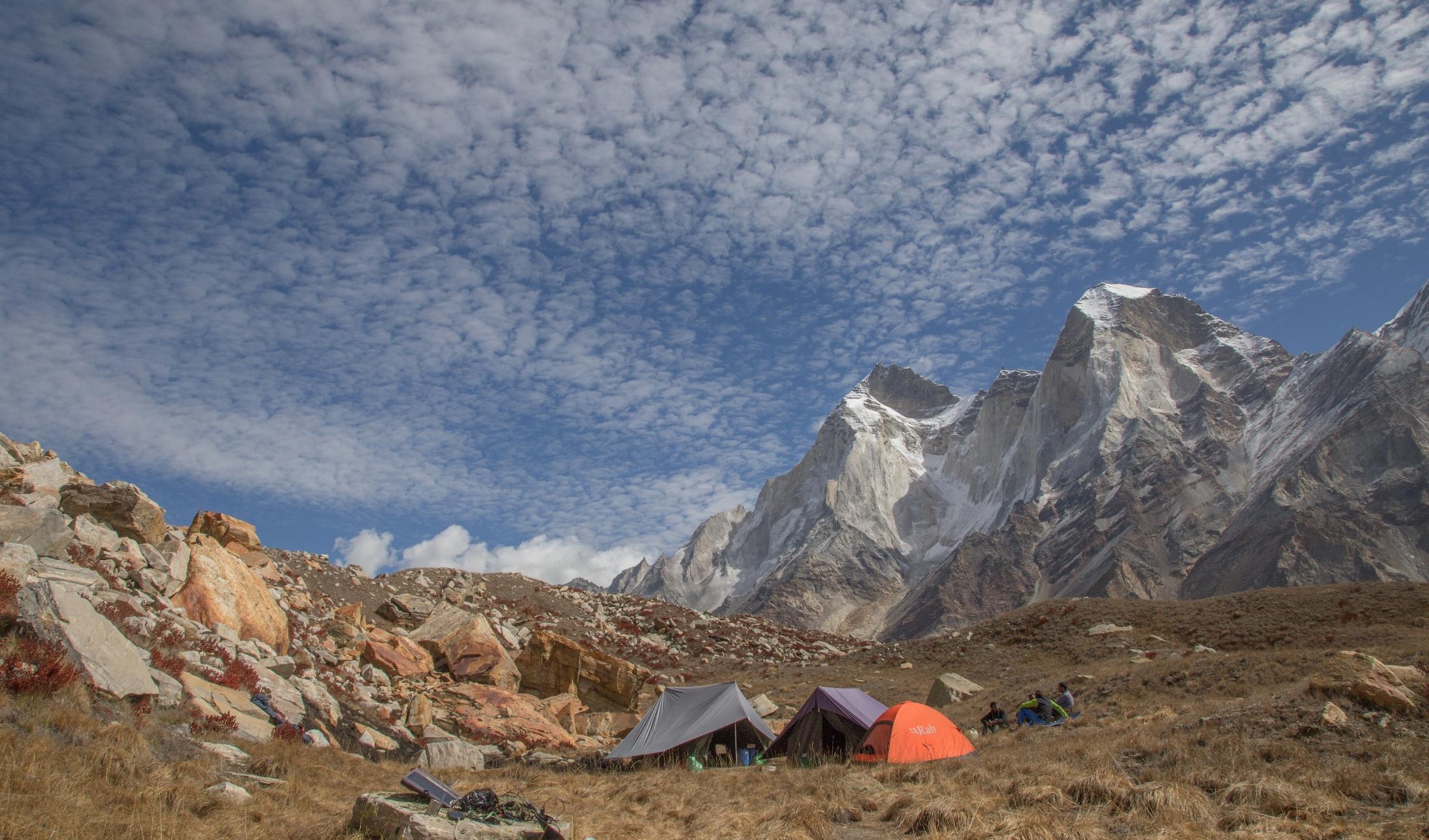 Baza w Himalajach Przewodnictwo wysokogórskie