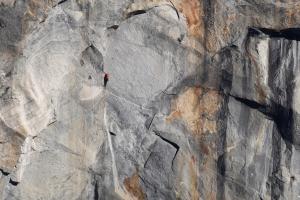 Wspinanie wielowyciagowe na El Capitan w Dolinie Yosemite