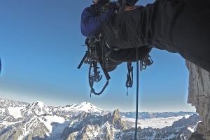 Wspinanie z Elbrusem w tle